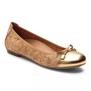Vionic Minna Cork Ballet Flat With Gold Cap Toe
